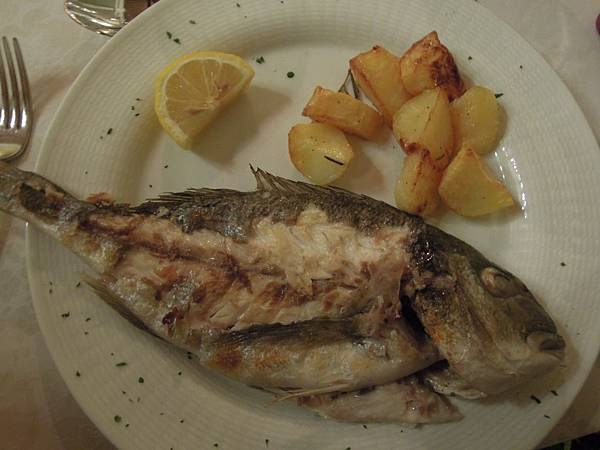 IL PICCOLO CASTELLO飯店晚餐 (1).JPG