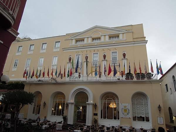 卡布里島之六星飯店.JPG