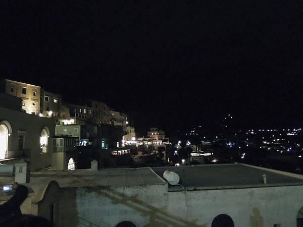 卡布里島的夜晚 (1).JPG