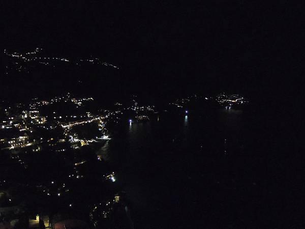 波西塔諾LE AGAVI飯店夜景 (1).JPG