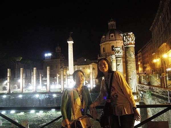 羅馬夜遊1 (23).JPG
