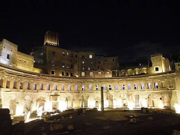 羅馬夜遊1 (28).JPG