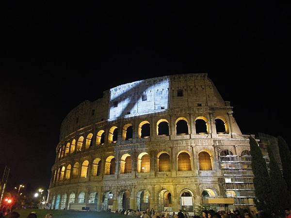 羅馬夜遊1 (33).JPG