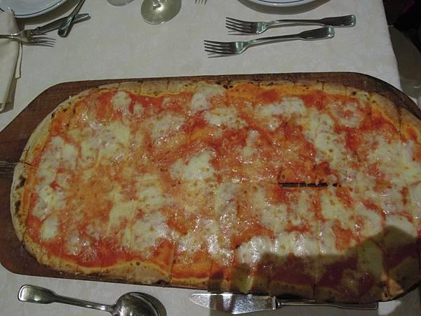 羅馬晚餐餐點.JPG