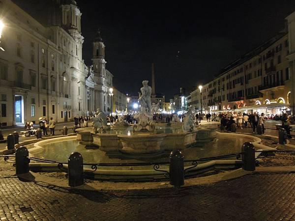 羅馬夜遊2.JPG