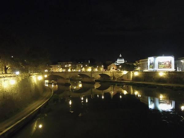 羅馬夜遊2 (17).JPG