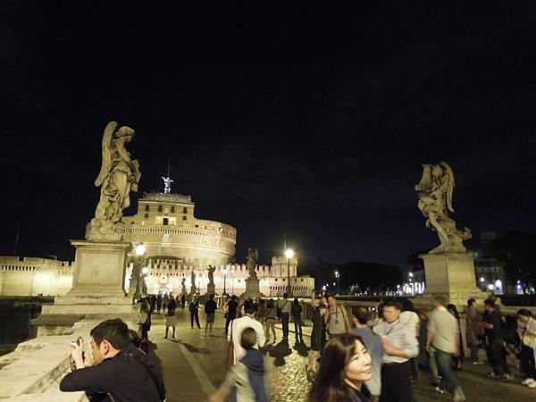 羅馬夜遊2 (41).JPG
