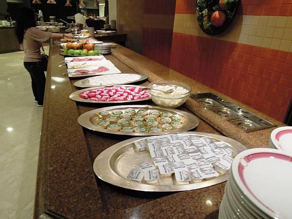 SHERATON飯店早餐1.JPG