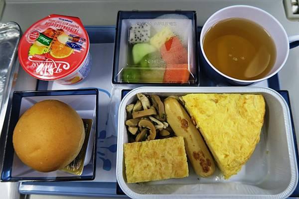 華航飛機餐003.JPG