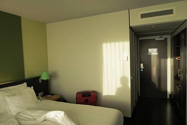 NH MAASTRICHT房間1.JPG