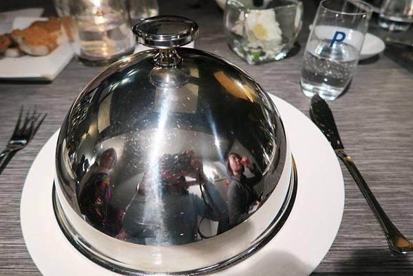 午餐-米其林一星餐點05.JPG