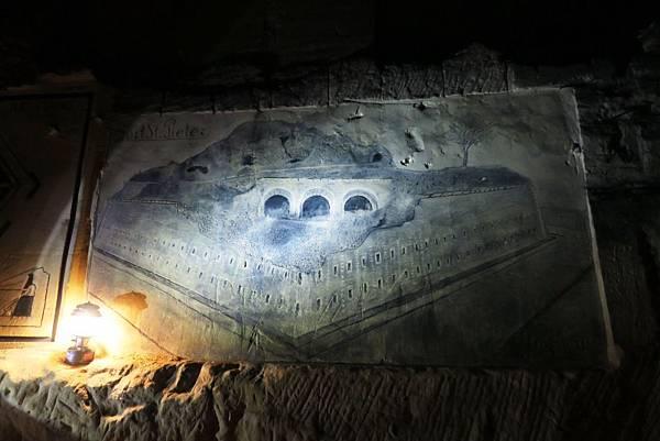 聖彼得堡洞窟25.JPG