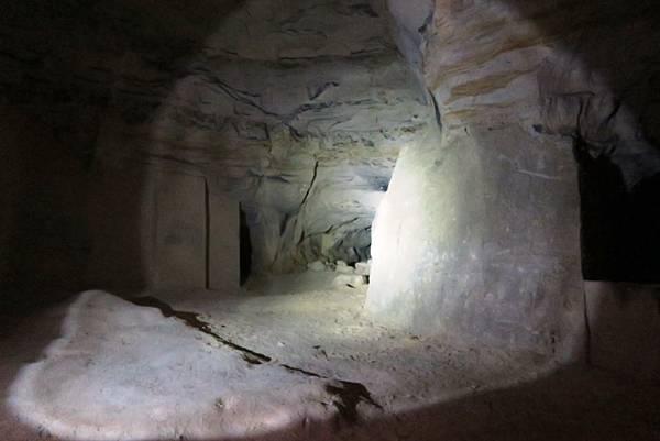 聖彼得堡洞窟30.JPG