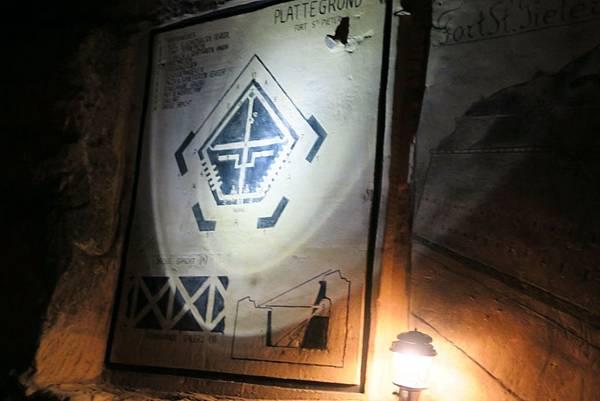 聖彼得堡洞窟26.JPG