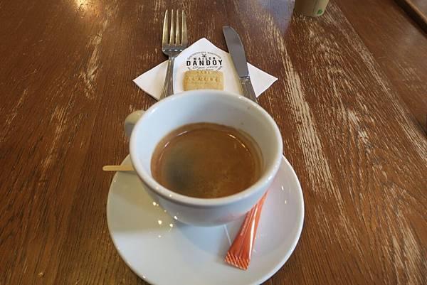 布魯塞爾下午茶1.JPG