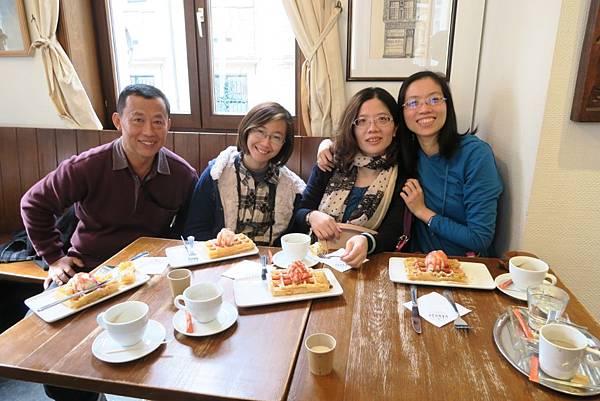 布魯塞爾下午茶6.JPG