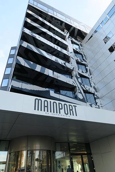 MAINPORT飯店7.JPG