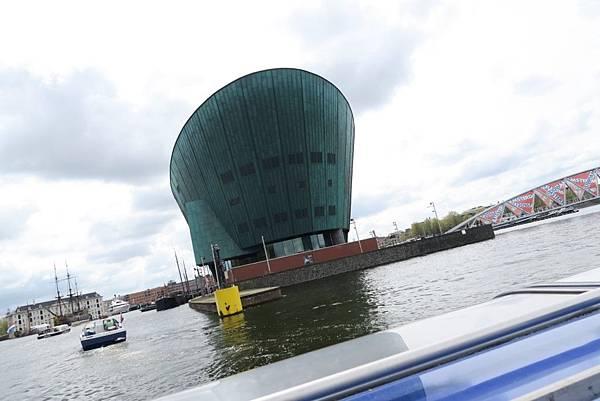 阿姆斯特丹玻璃遊船25.JPG