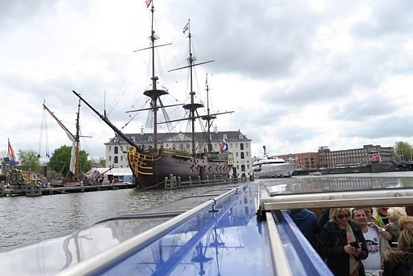 阿姆斯特丹玻璃遊船24.JPG