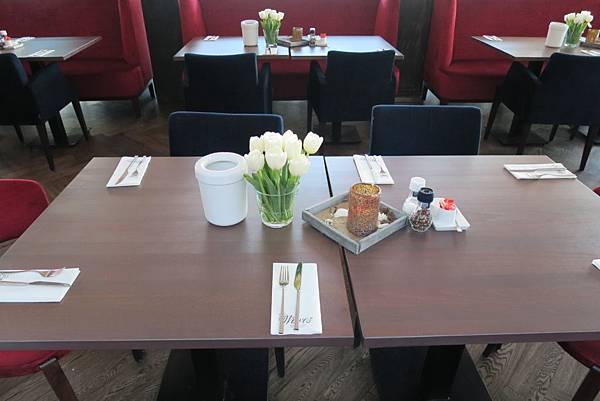 GRAND HOTEL AMRATH KURHAUS THE HAGUE飯店早餐3.JPG