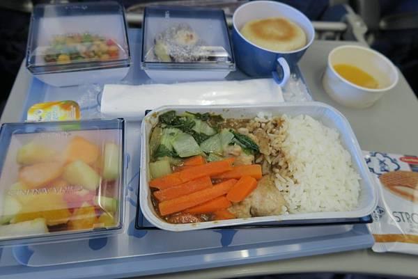 飛機飛往曼谷的飛機餐03.JPG