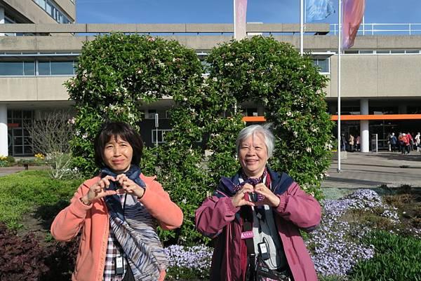 鮮花拍賣市場門口旁17.JPG