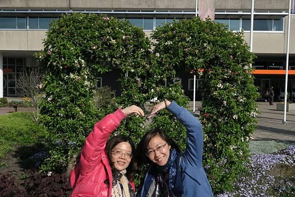 鮮花拍賣市場門口旁15.JPG