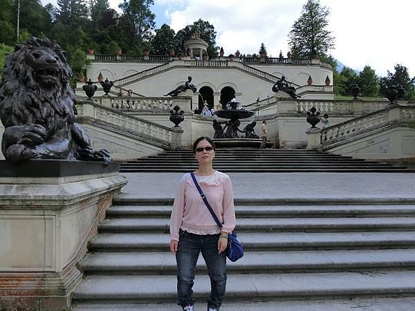 林德霍夫堡花園 (35).JPG