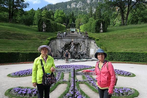 林德霍夫堡花園 (85).JPG