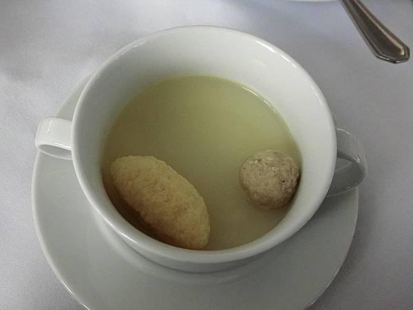 楚格峰午餐 (2).JPG
