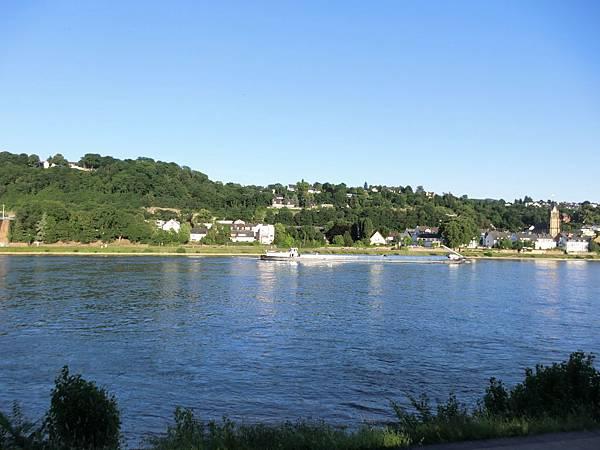 Mercure Hotel Koblenz外之萊茵河畔 (1).JPG