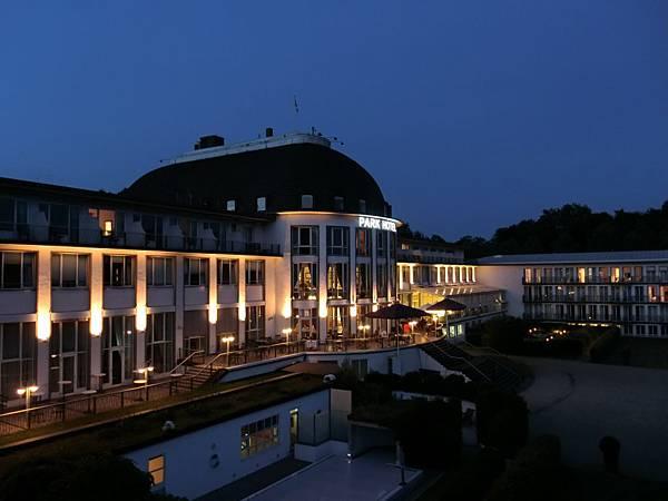Park飯店夜景 (3).JPG