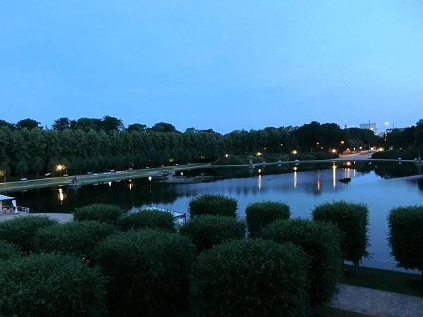 Park飯店夜景 (1).JPG