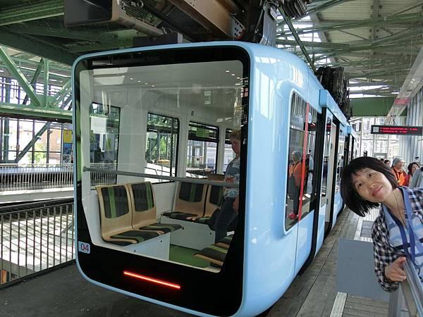 懸浮列車 (11).JPG