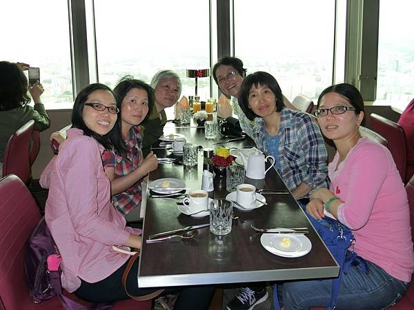 柏林塔上午餐 (3).JPG