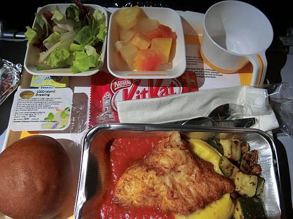 漢莎飛機餐 (2).JPG