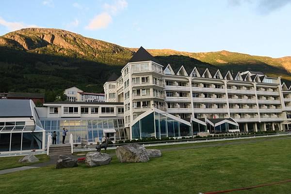 ULLENSVANG飯店建築 (3).JPG