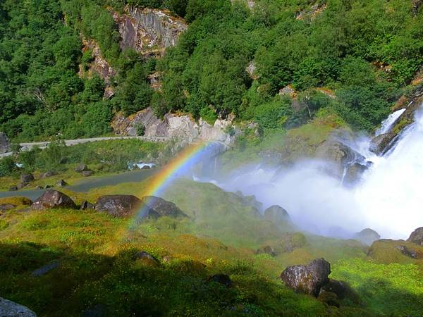 瀑布和彩虹-1 (9).JPG