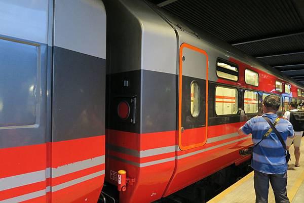 前往博多的火車 (2).JPG
