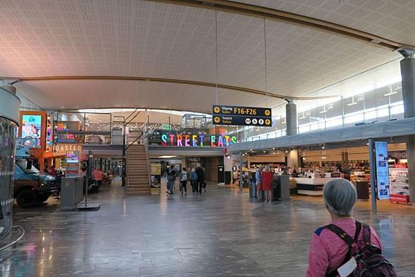 奧斯陸機場 (1).JPG