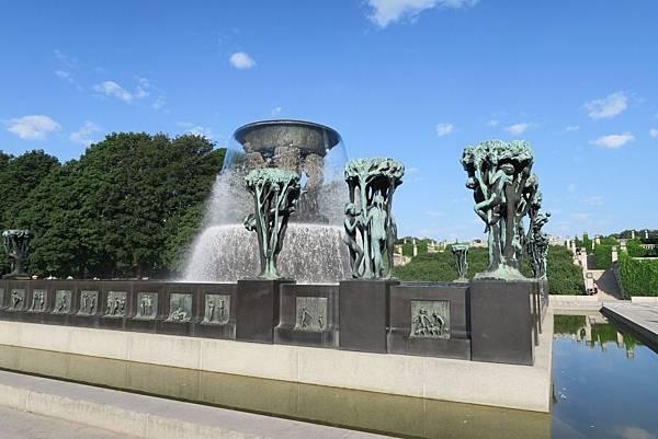 維格蘭雕刻公園 (26).JPG