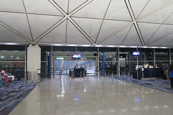 香港機場 (2).JPG