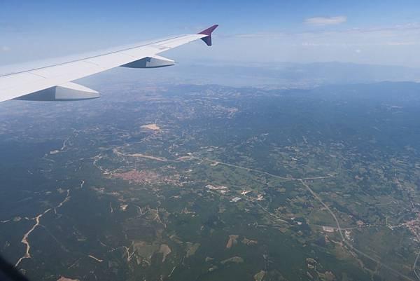 飛往塞薩洛尼基之窗外景色 (11).JPG