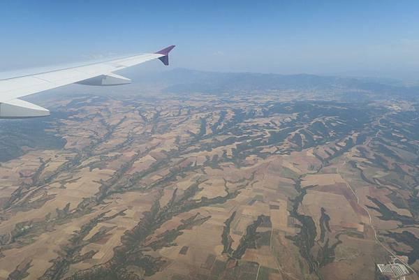 飛往塞薩洛尼基之窗外景色 (14).JPG