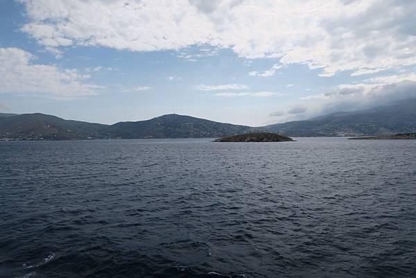 典前往密克諾斯島渡輪上 (8).JPG