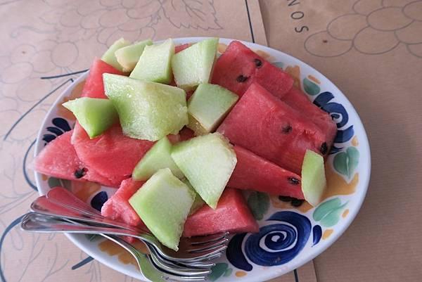 密克諾斯島海景景觀餐廳午餐 (9).JPG