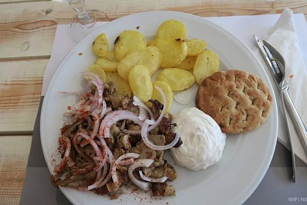 斐拉愛琴海餐廳午餐 (11).JPG