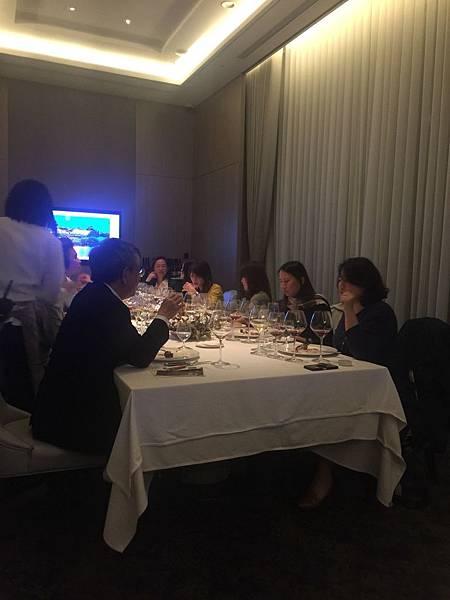 20171031 美福飯店餐酒會_171101_0019.jpg