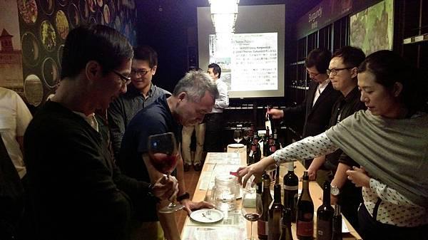 11-10 10P品酒會_171117_0060.jpg