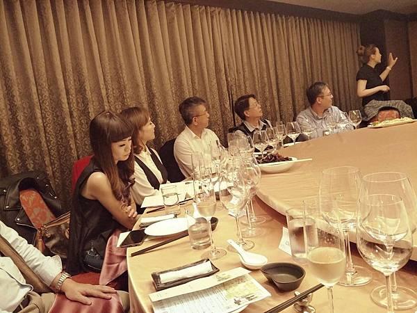 20171201台南大億麗緻餐會_171204_0004.jpg